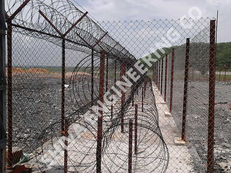 Chain link fencing manufacturer