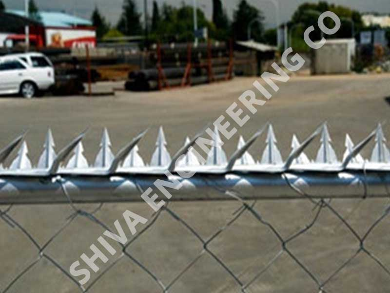 Fence razor spikes manufacturer