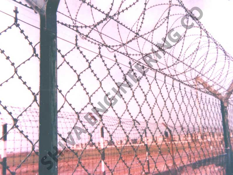CONSEC® RAZOR WELDED MESH FENCING OF 2 MTR HIGH